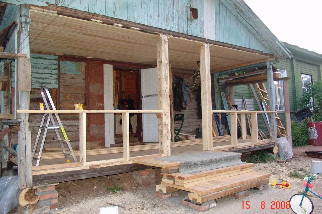 Строим деревянное крыльцо своими руками