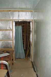 Тепло- и Гидро- изоляция деревянных стен в ванной